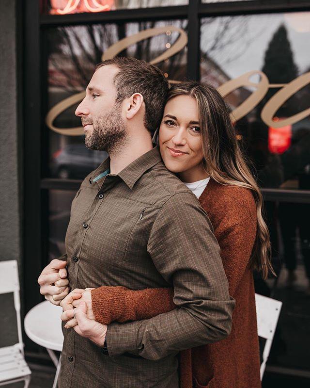 part two 📸  #portlandphotographer #coupleshoot #engagementphotos #engaged #belovedstories #couplephotos #cityshoot