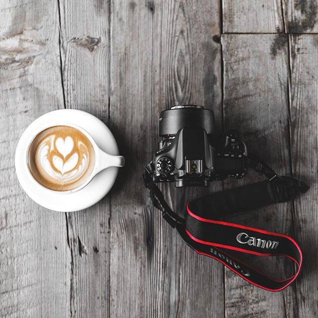 Don't worry, the Canon is only there for the photo ☕️
