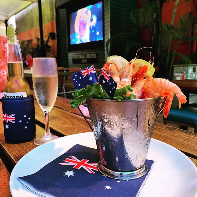 Australia Day Essentials! 🦐🥂🍾 Seafood, steaks, salads & more + live play cricket & tennis on the big screens all day!  If live music is your thing Sunset Raga will be in the main bar from 7.30pm! #australiaday #festive #portdouglas