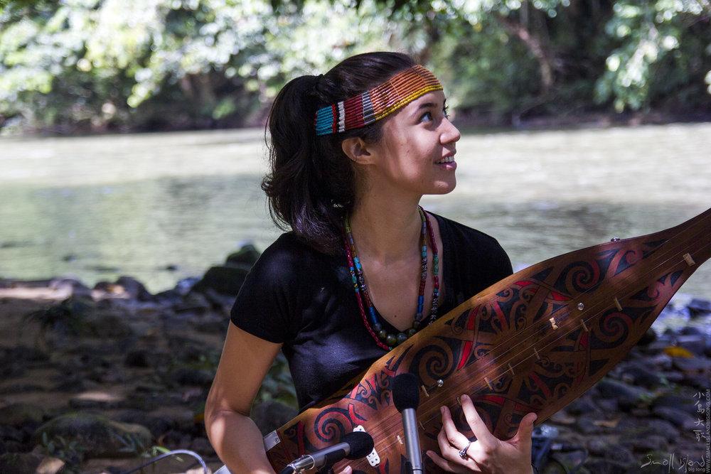 Alena Murang river session 05.jpg