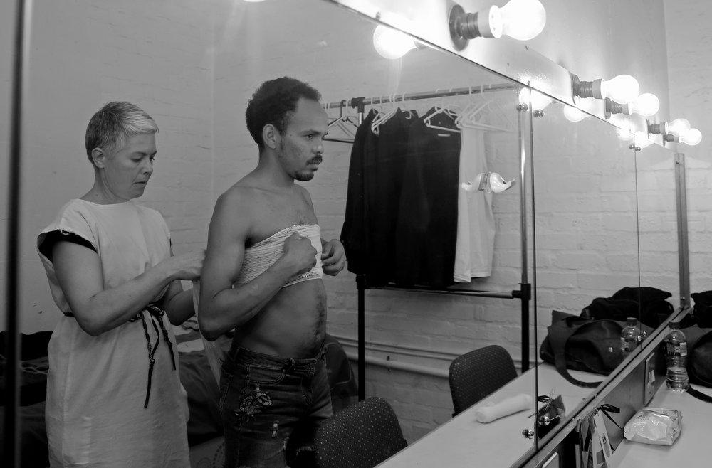 Anna-Mart van der Merwe en Richard September in 'Swerfgoed' by die Baxter-teater