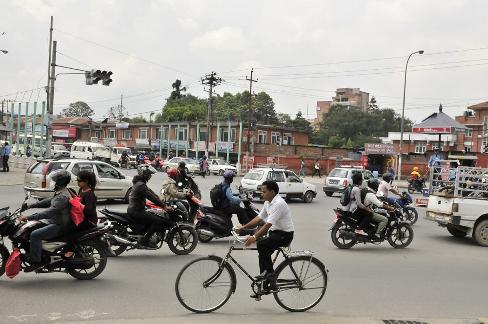 liveseasoned-fall15-kathmandu-nepal-traffic-4.jpg