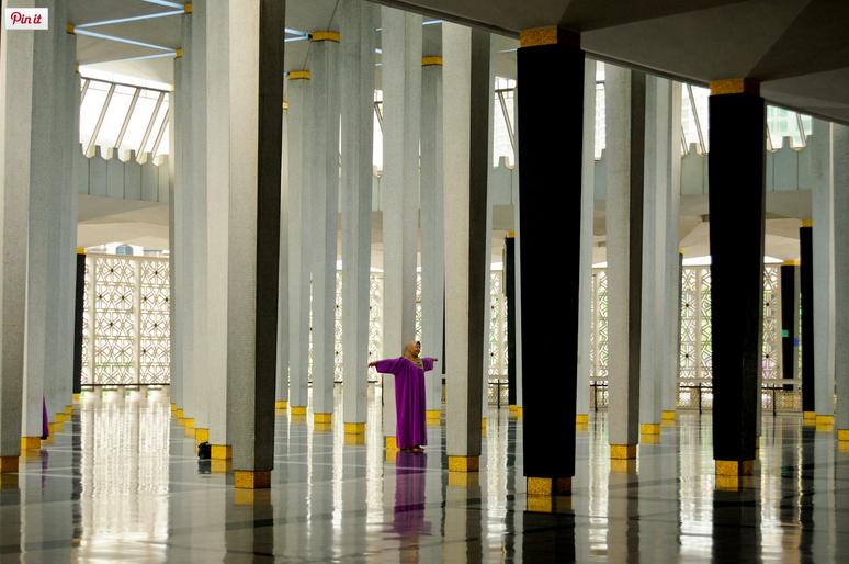 liveseasoned-fall15-visting-religious-sites4.png