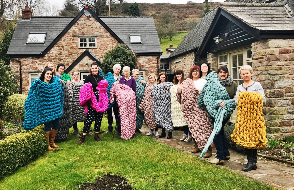 Chunky Workshops - Join The Chunky Needle LIVE for How-To workshops in cushion making and arm knitting. Select your own colour and learn a new skill. NO EXPERIENCE NEEDED! Click HERE for more info.