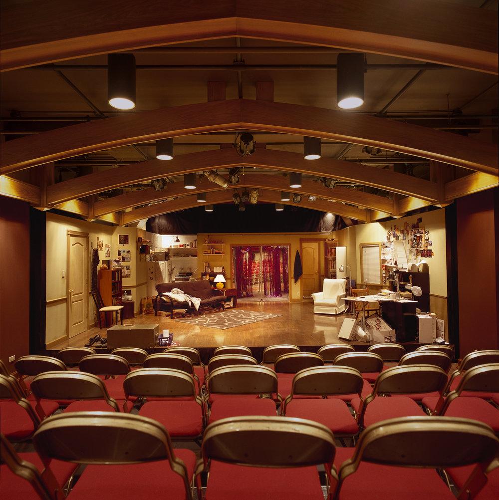 Stage_mini.jpg