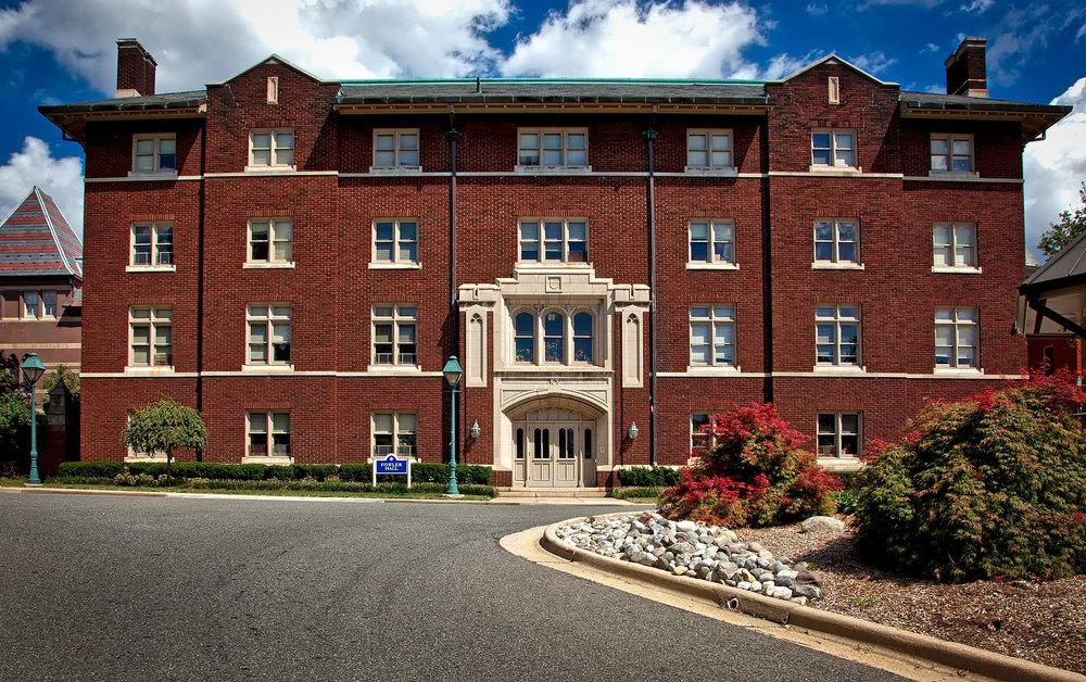 gallaudet-university-1607734_1920.jpg