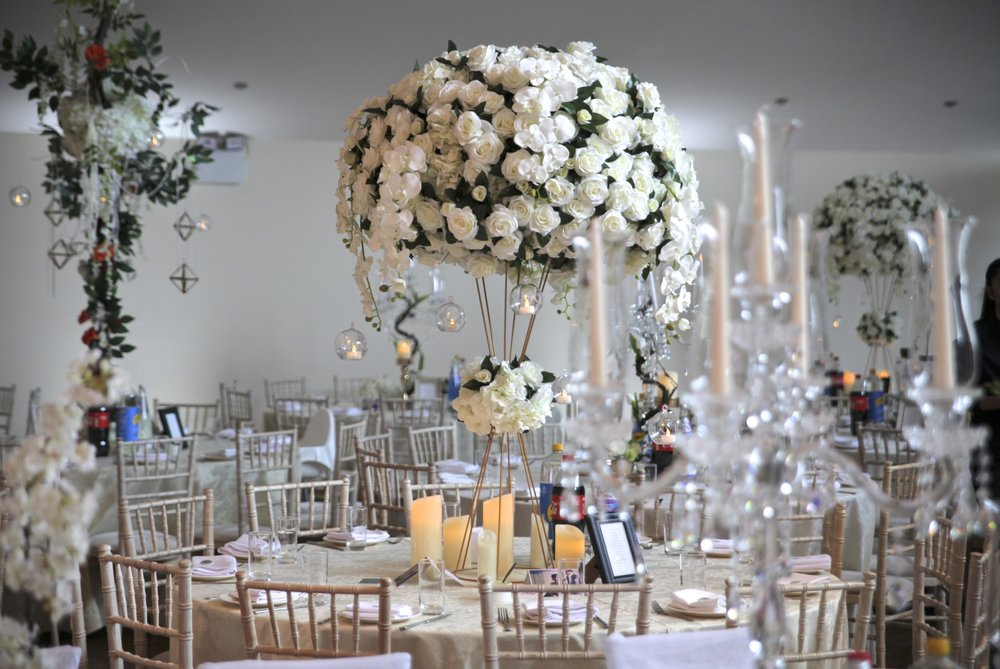 The Colours - Our clients desired a look which was simple yet elegant. Based on this, we put forward a selection of whites and golds,with hints of brown to give a natural feel.