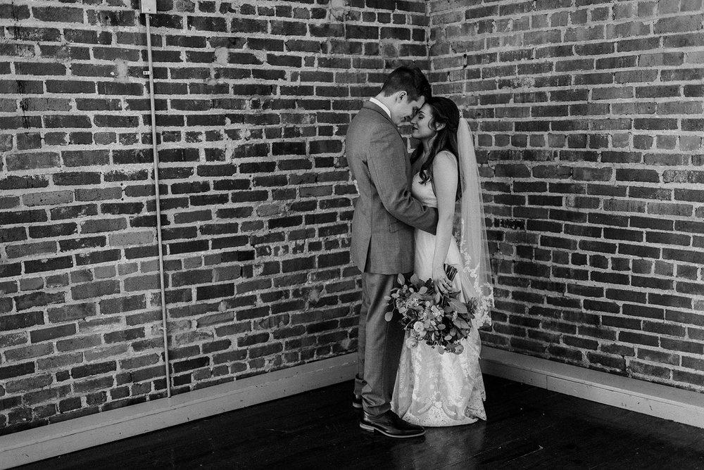kansas-city-wedding-photographers-766.jpg