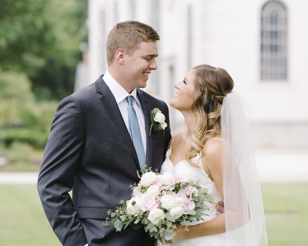 KansasCity_WeddingDress07