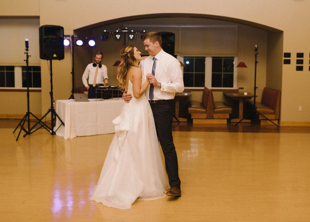 KansasCity_WeddingDress27