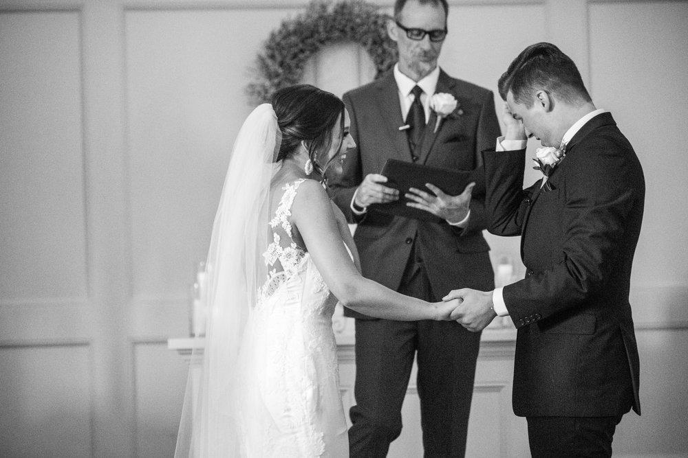 intimate wedding_simple wedding_love