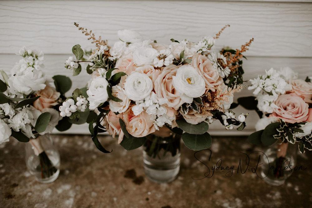 elizabeth mckenzie florals_kansas city flower shop