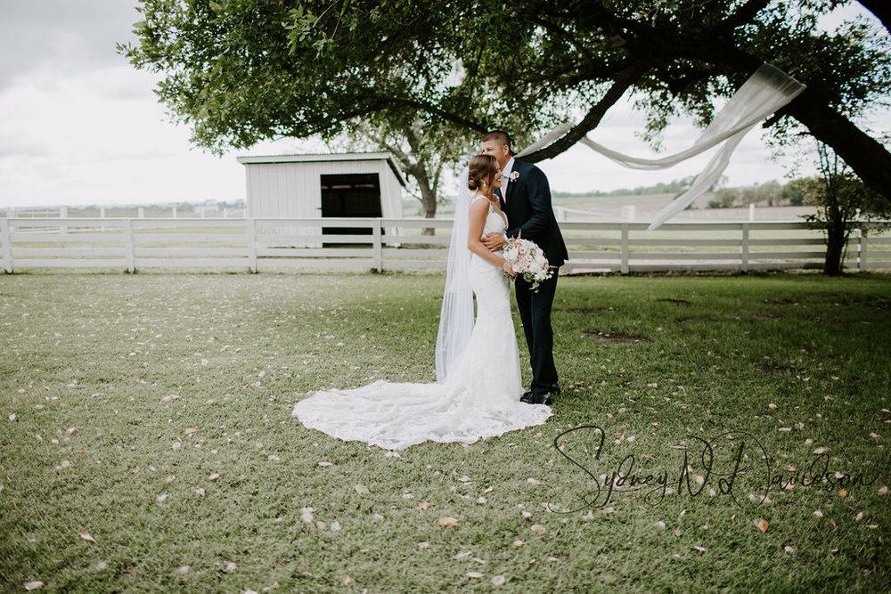 casablanca bridal_lace wedding dresses