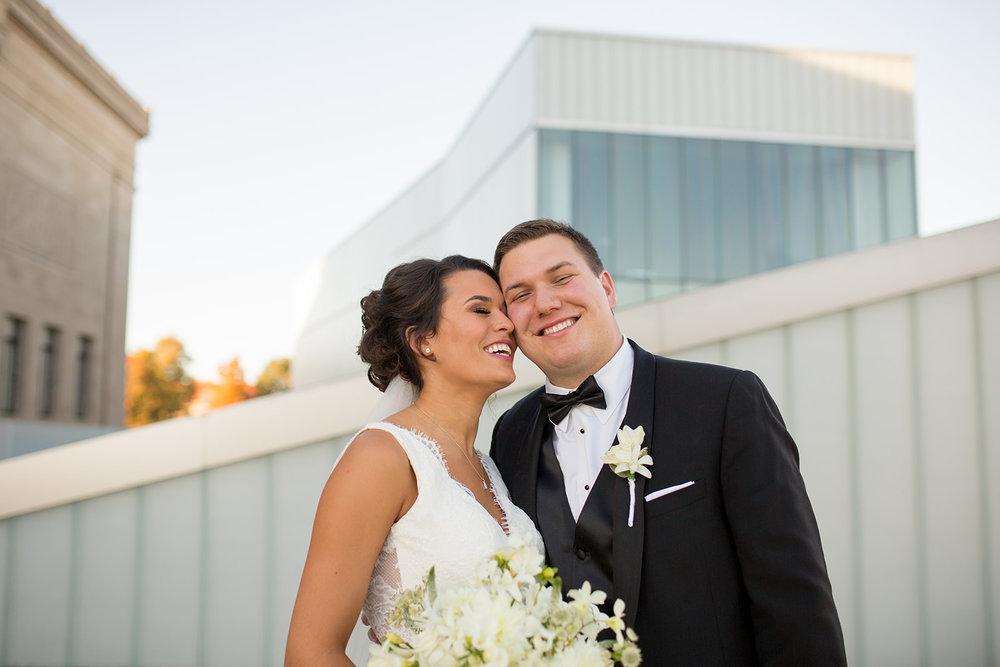 Lis Simon bride