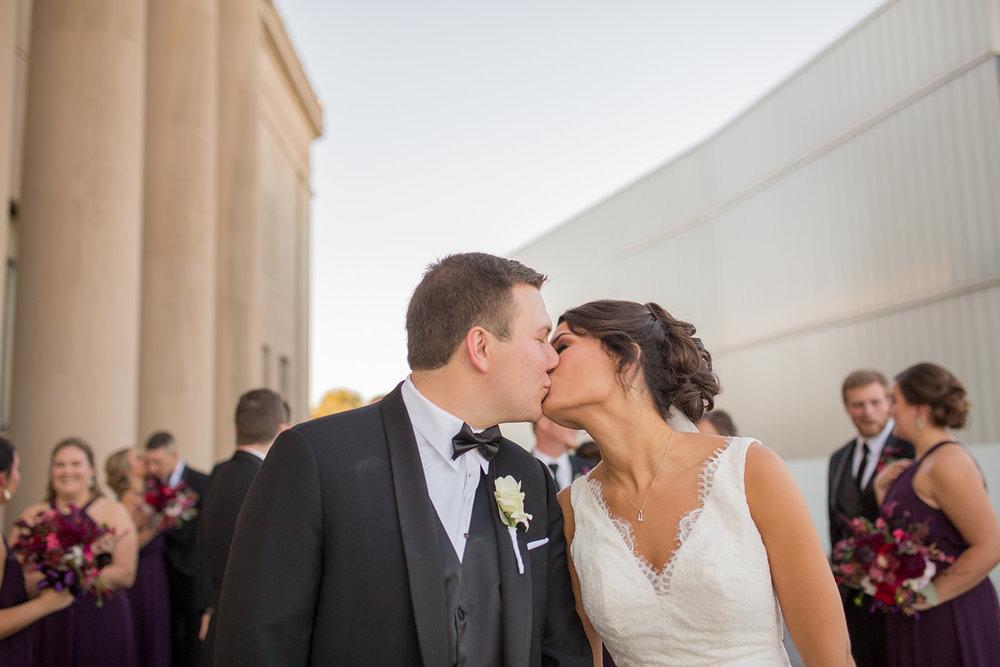 Kansas City wedding party_photography