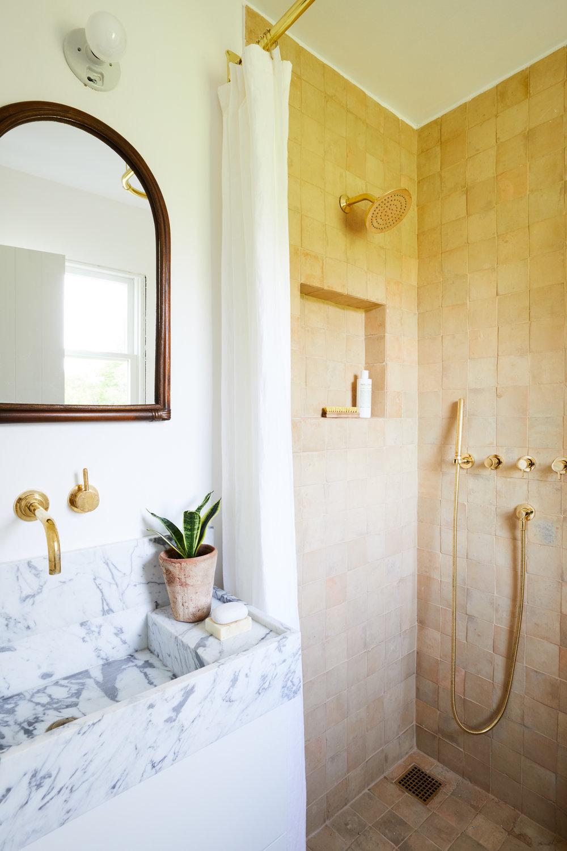 McKinely_Bungalow_Bathroom_1_028.jpg