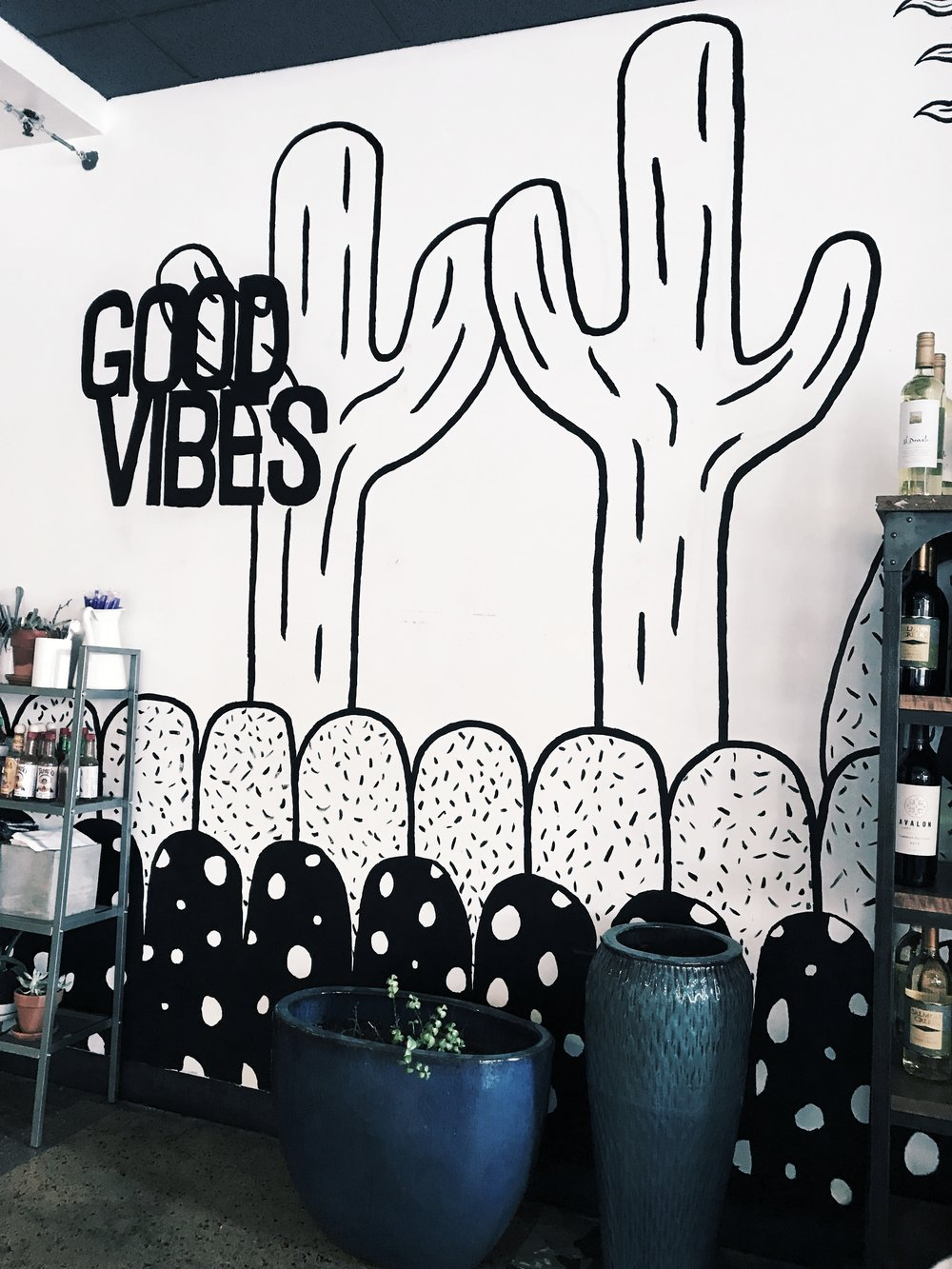 Kaleidescope Juicery - This cute fast-cash place has so many fresh options, and was voted as having the best açai bowl in Phoenix!Vegan, vegetarian, paleo, GF, etc.options are all available to fit your dietary needs!Location: Downtown