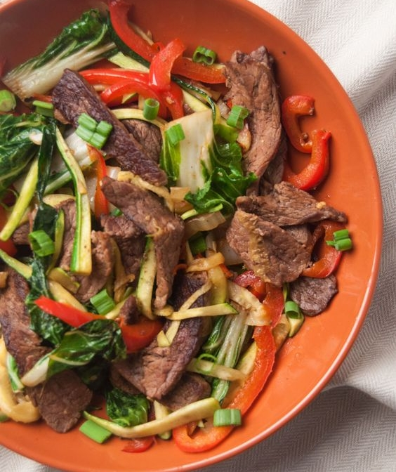 Steak with Bok Choy and zucchini - Recipe from: Low Fat Low CarbSub coconut aminos for soy sauce. I added sweet potato noodles to this to make it a little more filling!