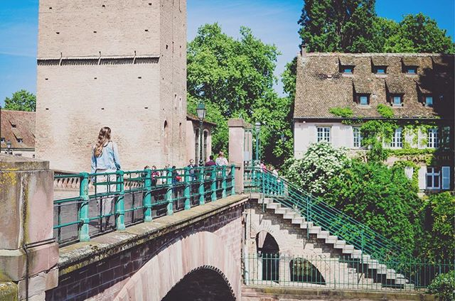 The most German France gets... absolutely loved #strasbourg ! 🇫🇷 📸: @rufflifeadventures #france #bridge #fort