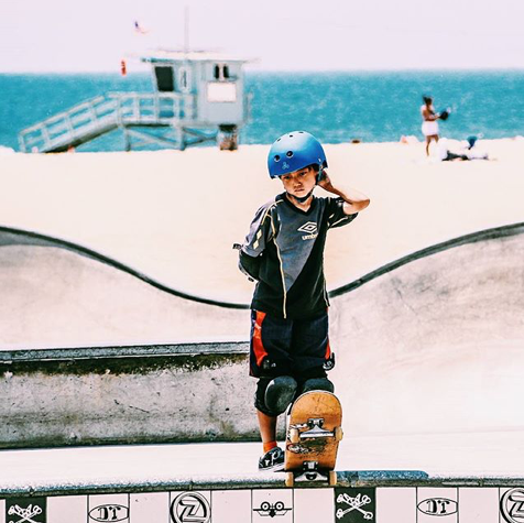 Venice is the prime spot for kids of all ages. Have you skated Venice? ‪#‎skatevenice‬ ‪#‎halfpipe‬ ‪#‎skater‬ ‪#‎culture‬ ‪#‎skatesesh‬