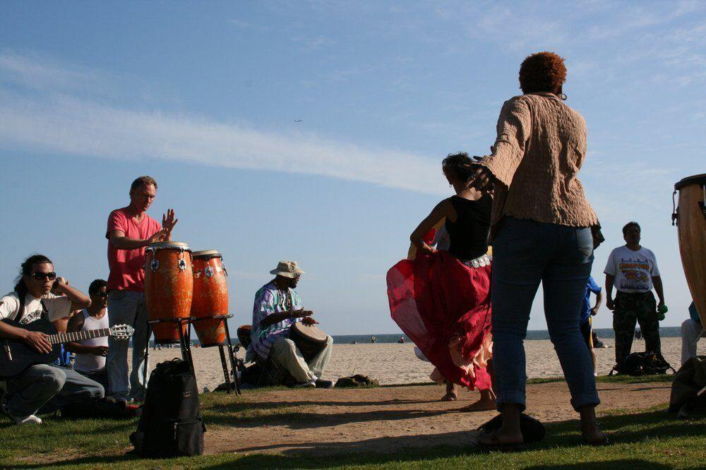 In Venice, we dance to the beat of our own drums. #venice #losangeles #cali #socal #beach #sand #art #culture #musicians #livemusic