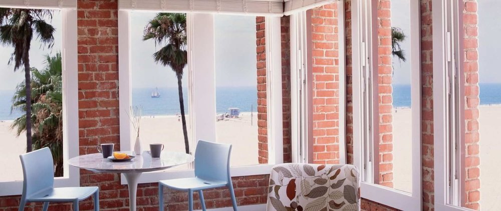View Our Site    +1 310-566-2222   manager@venicebreezesuites.com  2 Breeze Avenue Venice Beach, Los Angeles, CA 90291