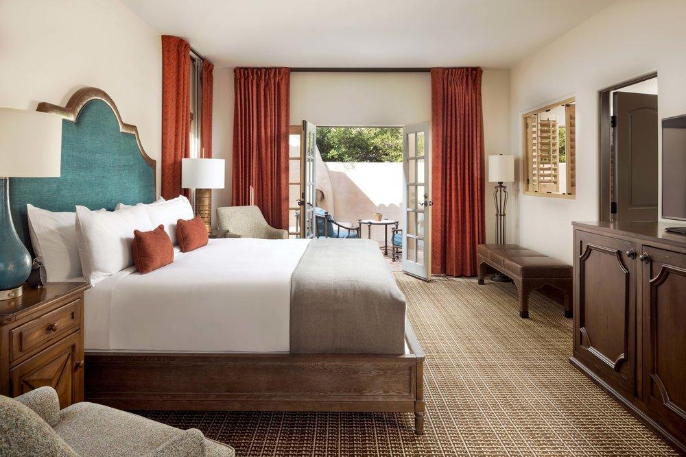 Royal-Palms-Alvadora-Spa-Villa-Bedroom_Copy.jpg
