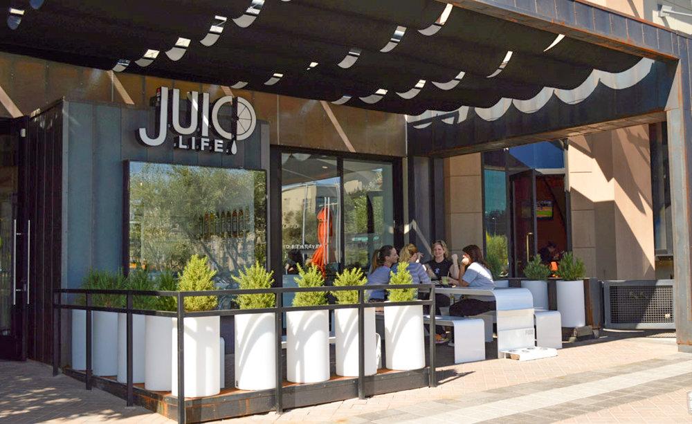 Juic,d life exterior sign design