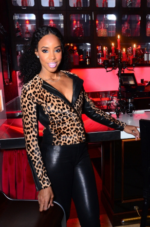 Scarlet Bar Kelly Rowland