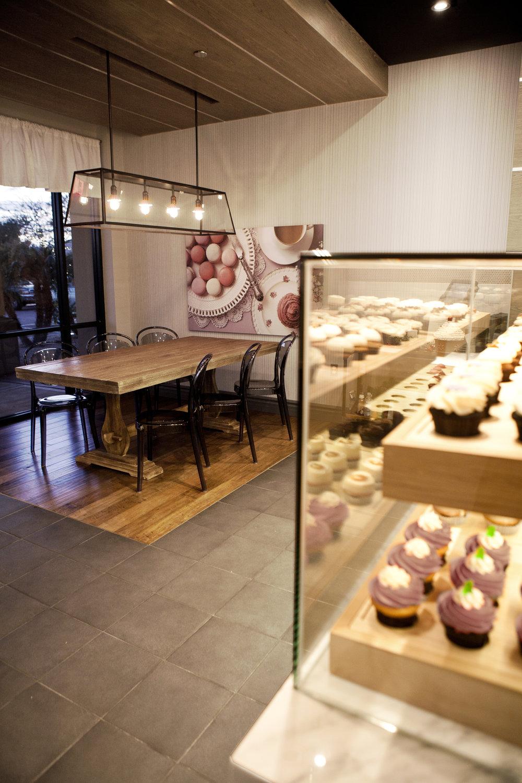 Bar Napkin Productions 21 Cakes Interior