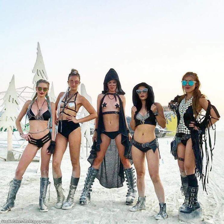 The Most Beautiful Girls of the Festival Burning Man 2017 (8).jpg