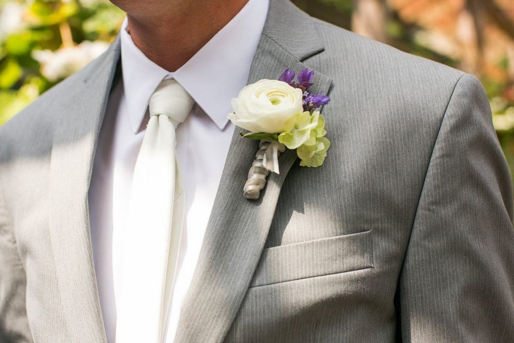 diamond_custom_floral_white_ranunculus_groom_bouttoniere.JPG