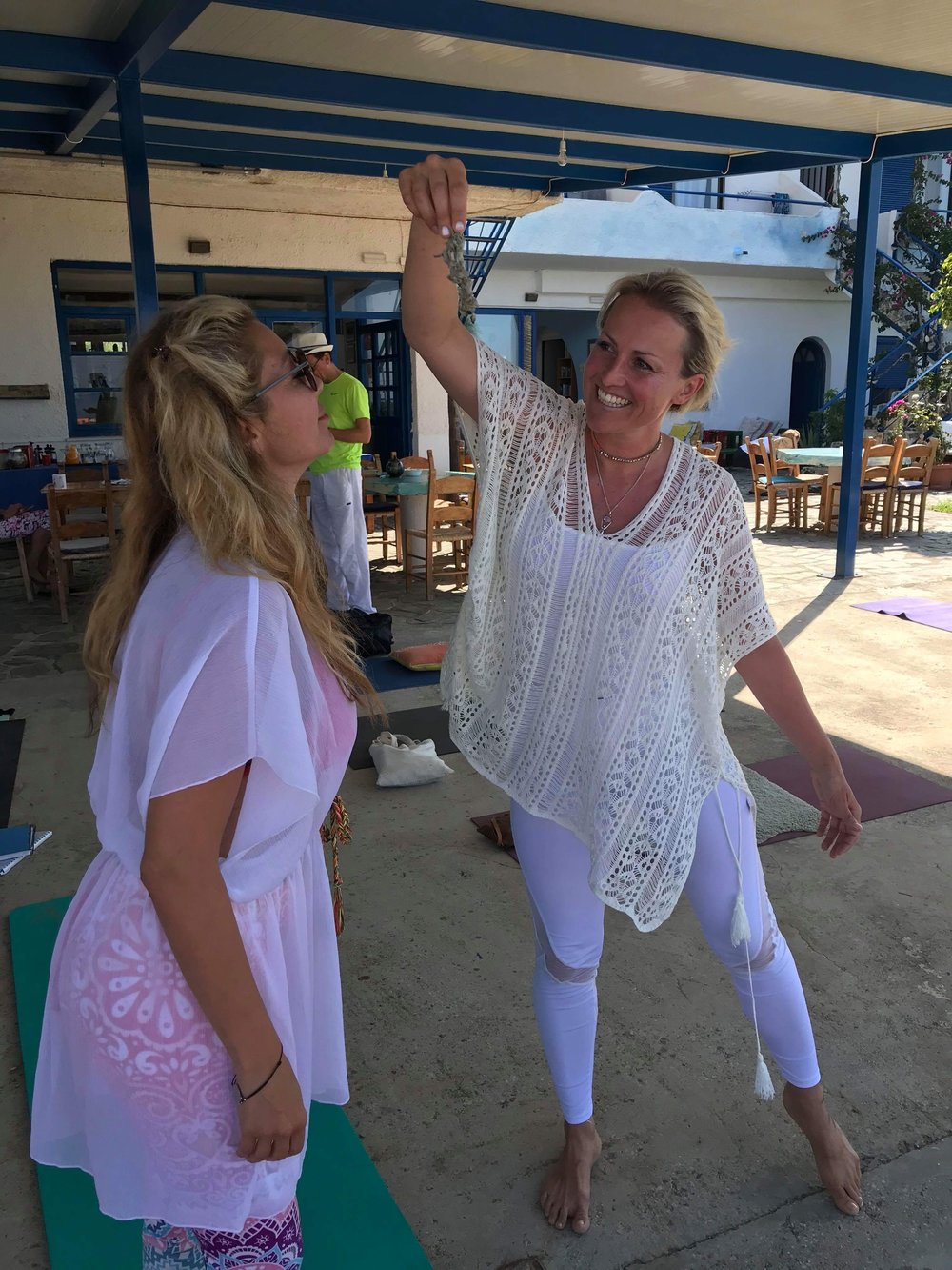 Kundalini Yoga can help with: - Day to day health and wellbeingBalancing of hormonesThyroid problemsSpecific fitness issuesDepressionAddictionYouth and VitalityMood SwingsWeight IssuesAnxietyLack of EnergyAnd much more...