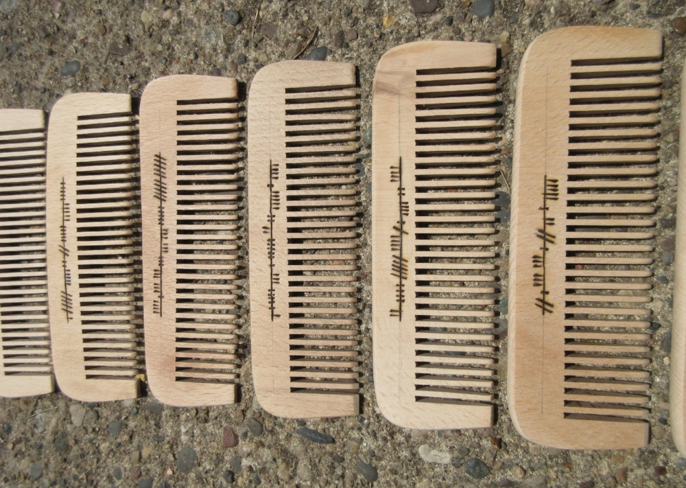 Pyrography: Ogham Glamoury combs