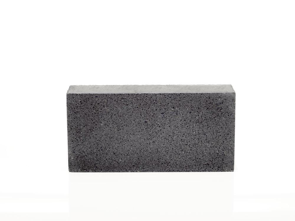 Dimond Black Groundface HO.jpg
