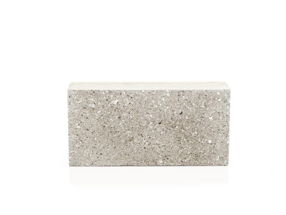 Peal Grey Groundface HO.jpg