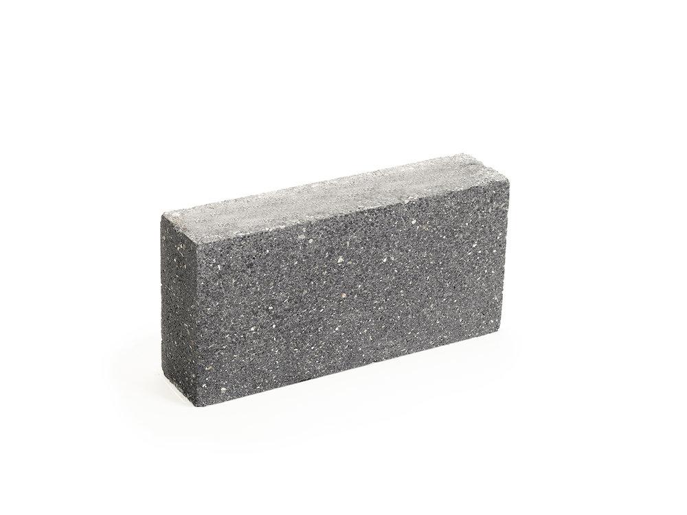 SIZED-Dimond Black 3 Groundface Top.jpg