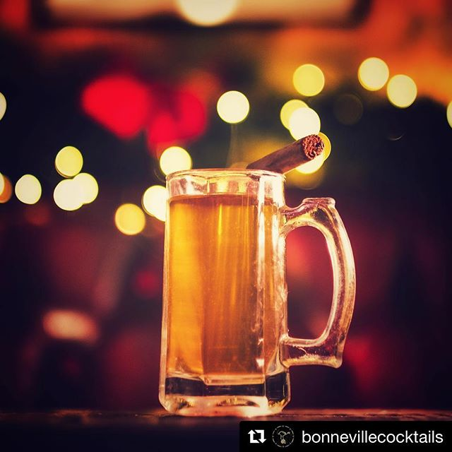#Repost @bonnevillecocktails with @get_repost ・・・ Get ready for some serious Christmas holiday drinks!! Catch up on Vol I now and tell us your favourite Christmas tipple! 🎄 https://youtu.be/BkaM0b-Q4Cw #holidaycocktails #holidaycocktail #christmascocktails #christmascocktail #xmascocktails #bonncocktails #holidaydrinks #mulledwine #mulledcider #cider #wine #eggnog #recipes #rum #vodka #gin #cocktailideas