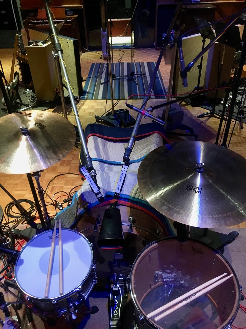 Recording stereo cowbell with danko jones -