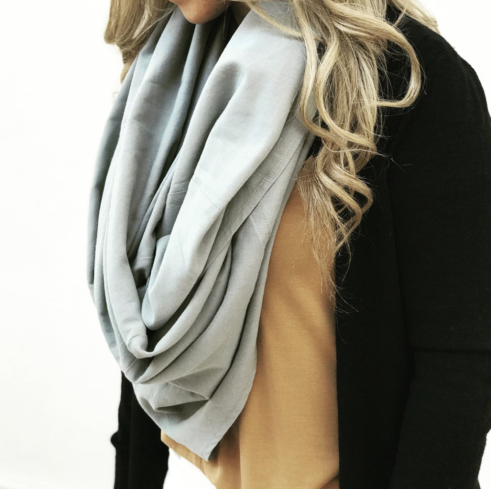 Easily converts from scarf to canopy and back to scarf again in seconds! Scarf Option can be done  with or withou t inserts.