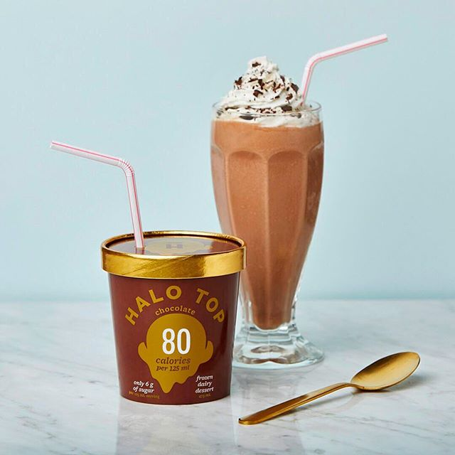 Our milkshake brings all the boys to the yard. #nationalmilkshakeday #milkshake #chocolatemilkshake