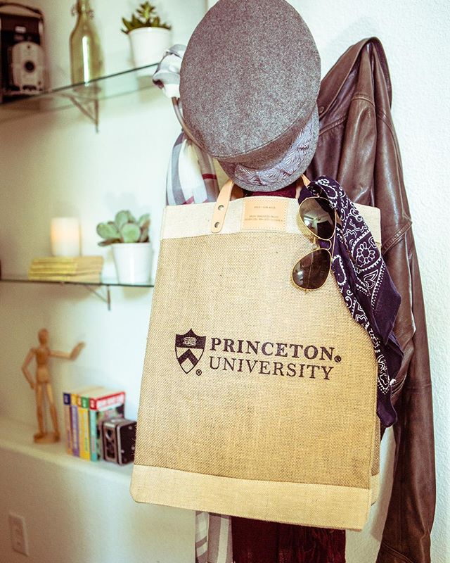 Our market totes are your perfect on-the-go accessory and every purchase supports a fair wage job in Bangladesh.  Link in bio to purchase. ......... #princeton #princetonuniversity #totes #totesadorbs #collegelife #alumni #summerfashion #fallfashion #isitfallyet #wearyourloyalty