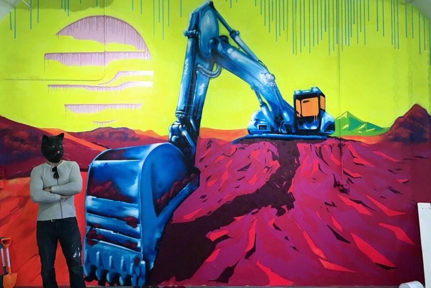 Chroma-Constructed-Ryoe-Backhoe-Mural-cat-848x566.jpg