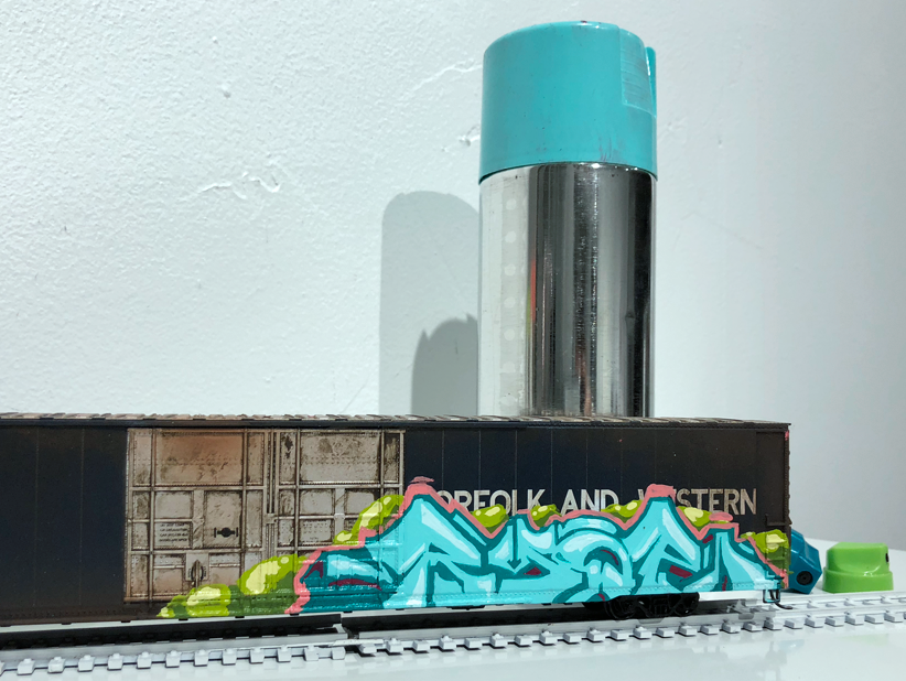 homepage-ryoe-painted-ho-scale-train.png