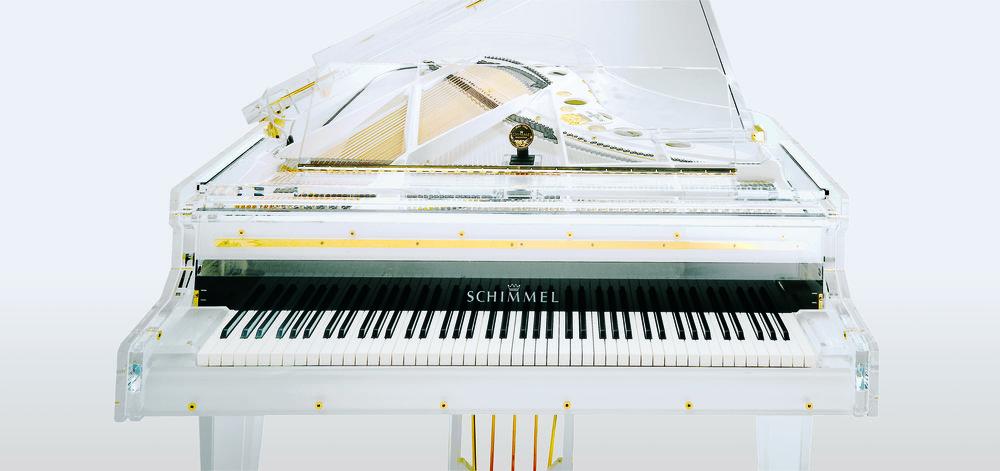 Publicity2 Schimmel Glas Piano.jpg