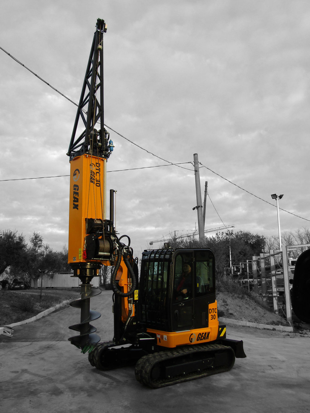 GEAX DTC30       Piling Rig Mounted on JCB 67C-1 EXCAVTOR with   Tier 4F Engine   GEAX ~  2017   Hours: New