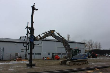 SPD DM85  Multi-Purpose Micropile/Tieback Mast attachment   Mounted on Hyundai R290 excavator  SPD ~ 2013 Hours: -