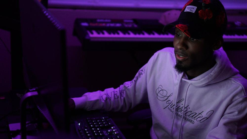 Miles B. - Singer/songwritter/producer