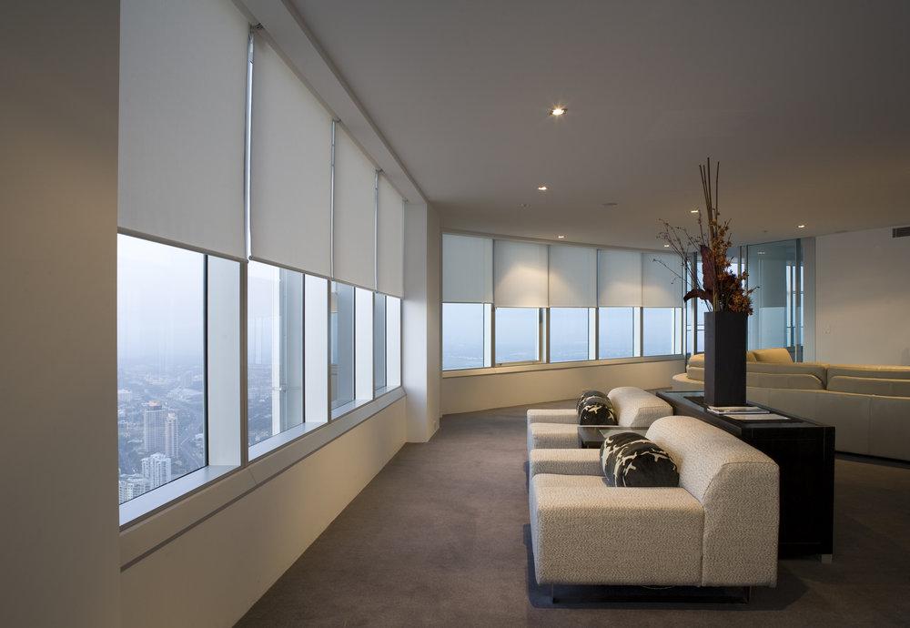 BO - White Lounge - L.jpg