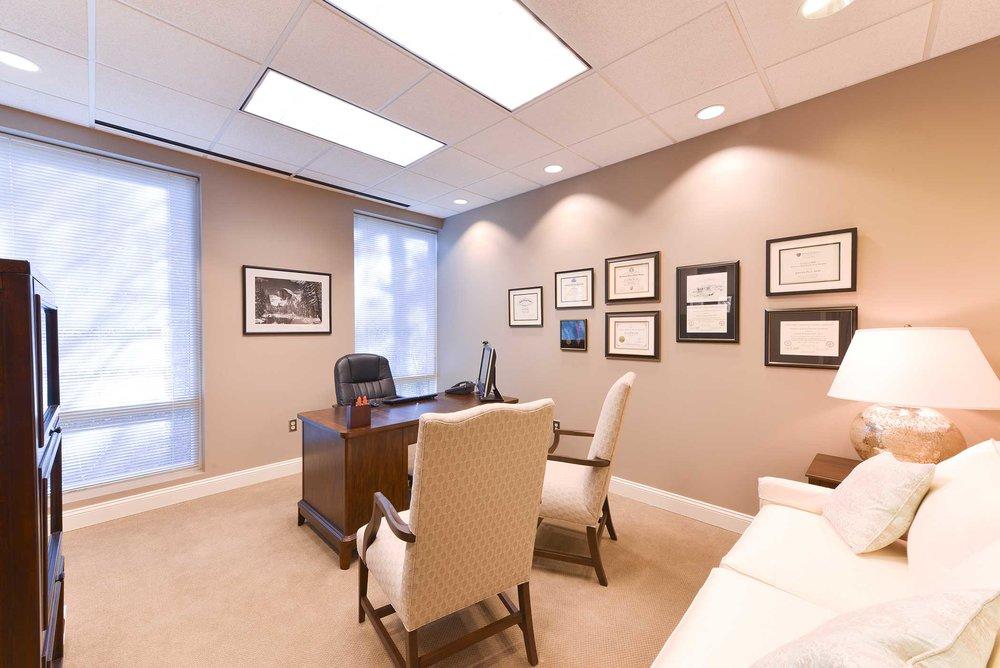 office-davis-pyle-surgeon-office.jpg